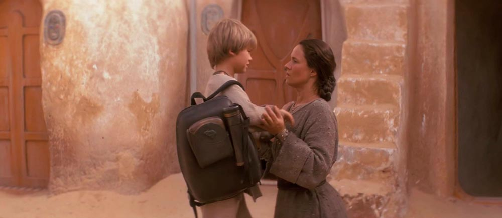 anakin skywalker madre abbraccio episodio i