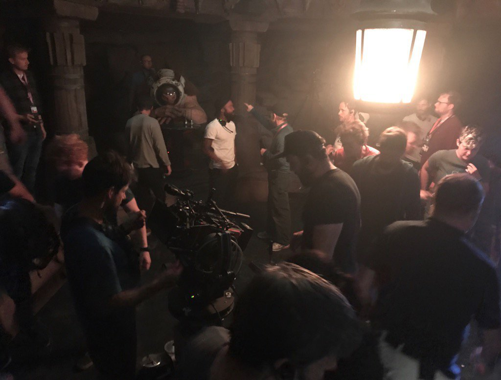 nuova foto dal set dello spin-off di star wars su han solo