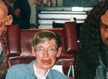 stephen hawking cameo in star trek