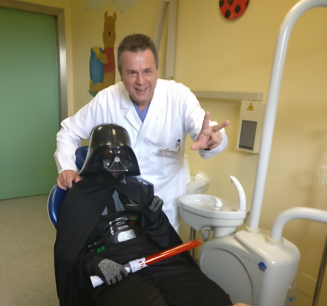 star wars ospedale operazione ragazzino autistico darth vader