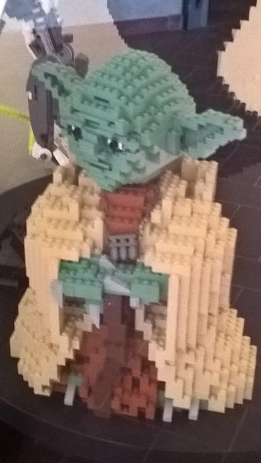mostra di star wars e lego a monza