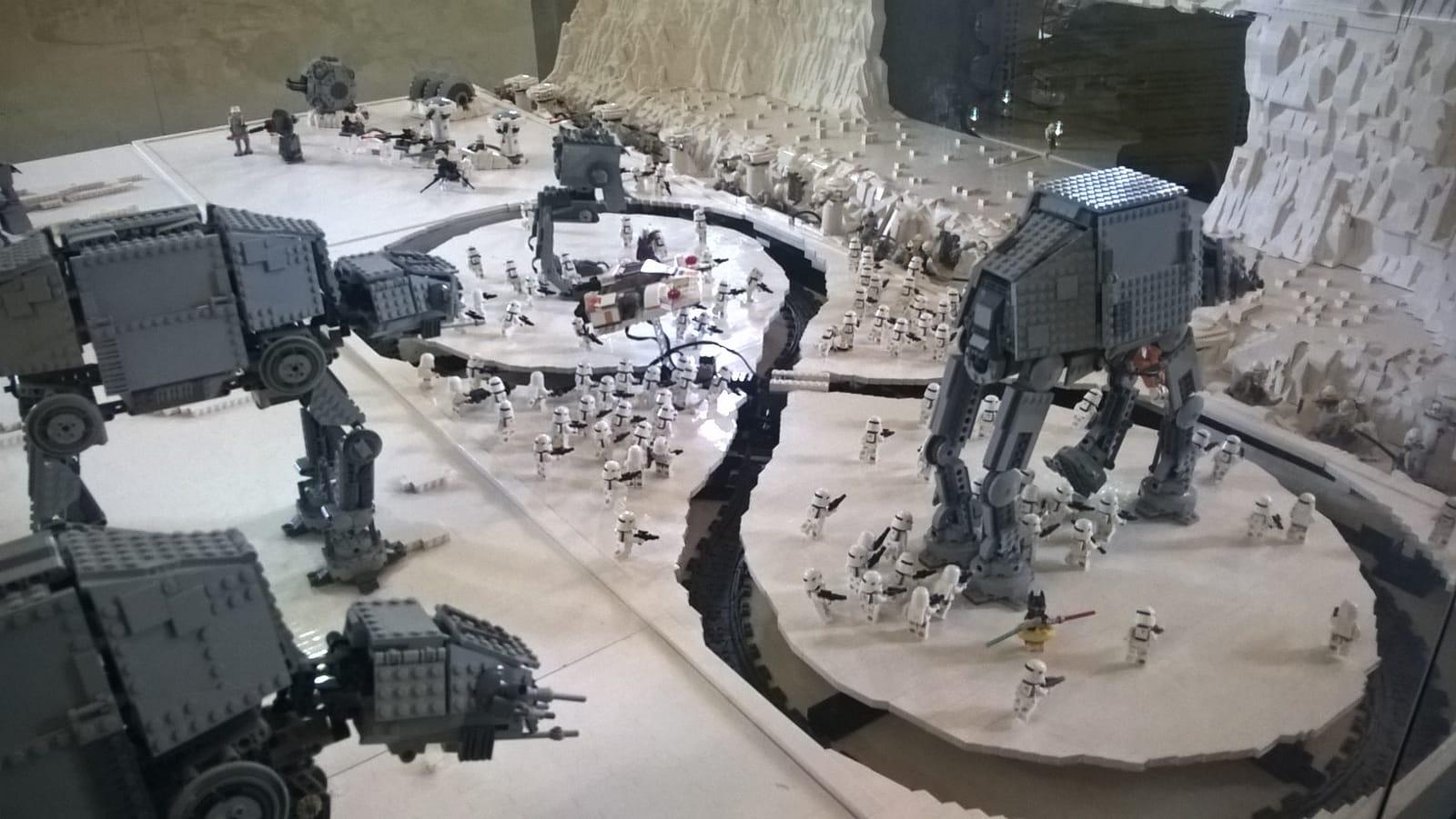 battaglia di hoth lego mostra star wars