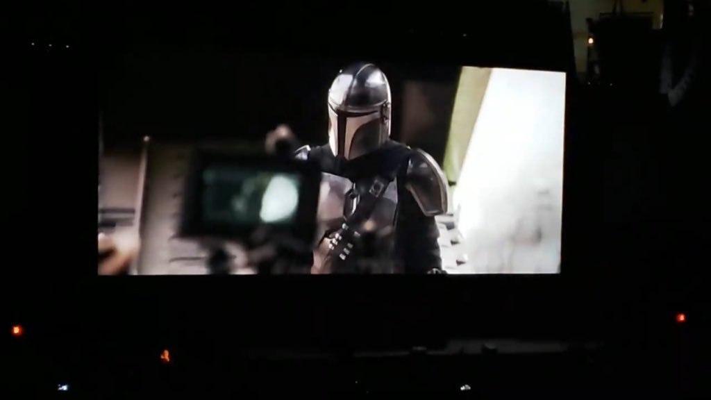 Un'immagine del trailer di The Mandalorian mostrato alla Star Wars Celebration