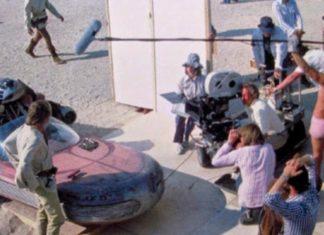 intervistato uomo con le mutande rosa di star wars