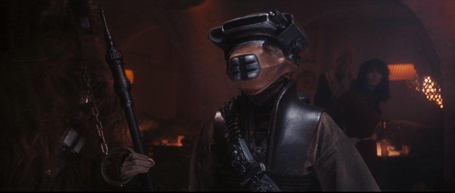 La voce di Boushh in Episodio VI è Pat Welsh, che interpreta anche E.T.