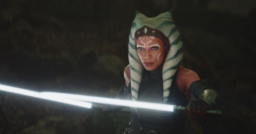 ahsoka tano con le sue spade laser