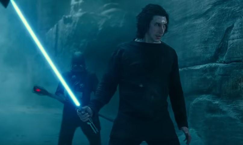 ben solo con spada laser di anakin